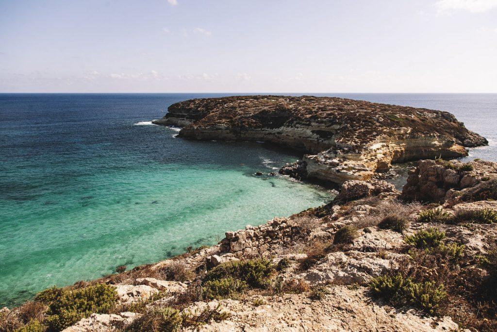 Lampedusa: stay human